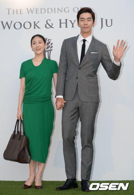 Shin Sung Rok و راقصة الباليه Kim Joo Won قد انفصلا بعد 4 سنوات من