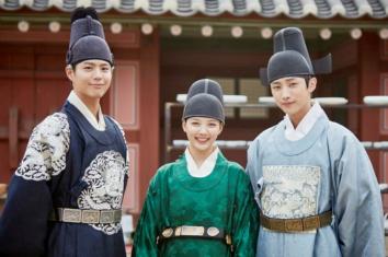 park-bo-gum-kim-yoo-jung-jinyoung