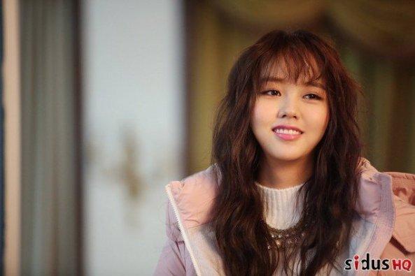 kim-so-hyun_1478103789_cwoxx6suaaajzmm